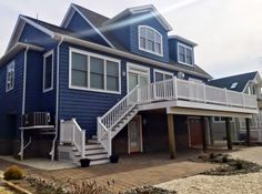 Here's the back of another beach home by AMB- what a great looking deck!