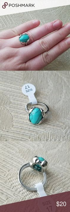 Tulip Bud Oval Turquoise SILVER Fashion Ring 6.5 Lovely ring with unique silver details. Faux turquoise / howlite and metal alloy with silver plating. Size chart above. Made in China. NWOT western native american costume boho bohemian bohemia gypsy nature stone ethnic regional tribal marbling cocktail chic exotic green blue statement stylish style Jewelry Rings