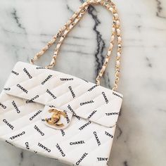 Do you love stylish and elegant handbags? 1 online shop for ., Do you love stylish and elegant handbags? 1 online shop for women's accessories! We have inexpensive and elegant accessories. Chanel Handbags, Purses And Handbags, Cheap Handbags, Popular Handbags, Chanel Purse, Fabric Handbags, Handbags Online, Channel Bags Handbags, Vintage Chanel Bag