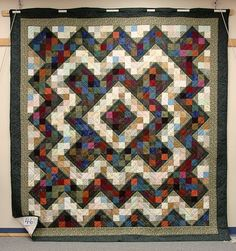 HIGHPOINT CIRCLE: Quilts, Quilts and More Quilts