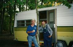popcorn sutton | Tim and Popcorn Sutton together at the Moonshiner's Jamboree