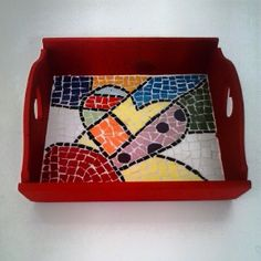 Bandeja Mosaic Art, Stained Glass, Ideas, Home Decor, Key Fobs, Mosaic Glass, Mirror Mosaic, Painted Tables, Boards
