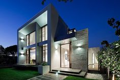 Brighton Home by Darren Comber Sophisticated Residence Design Blurring the Lines Between Indoor and Outdoor