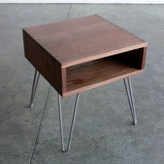 Hairpin Leg Side Table - some great woodworking here but I think it could be really simple to build...