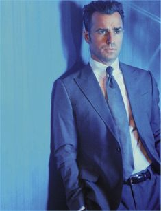 Actor Justin Theroux wears a Giorgio Armani suit for L'Uomo Vogue.