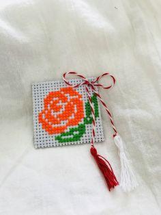 Drop Earrings, Embroidery, Christmas Ornaments, Holiday Decor, Handmade, Home Decor, Manualidades, Needlepoint, Hand Made
