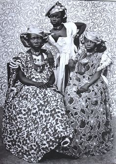 felixinclusis:  iconoclassic: SEYDOU KEÏTA. The Girls from Mali, 1956