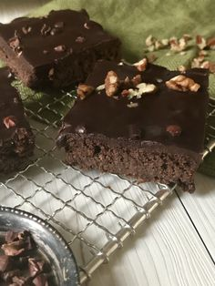 Keto Recipes, Gluten Free, Vegetarian, Candy, Meals, Dishes, Desserts, Food, Life