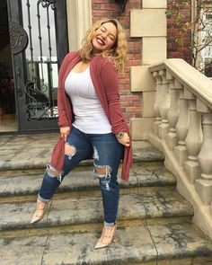 Cute Outfits For Plus Size Women. Plus size fashion for women. Fashion tips, Inspiration and dressiong ideas for Plus Size Women. Curvy Girl Fashion, Look Fashion, Autumn Fashion, Fashion Outfits, Plus Fashion, Womens Fashion, Fashion For Chubby Ladies, Curvy Fashion Plus Size, Plus Size Fashion For Women Summer