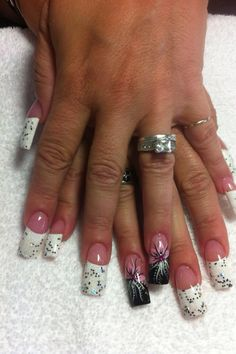 Long nails with flower