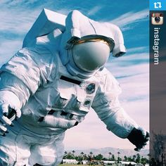 """From """"Giant astronaut invades Coachella 2014, inspires 1990s MTV flashbacks"""" story by Gina D. on Storify — http://storify.com/GNAdv/giant-astronaut-invades-coachella-2014-inspires-mt #PoeticKinetics #CoachellaAstronaut"""