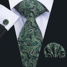 """This is a brand new men's silk tie set. Set includes coordinating tie, handkerchief and cuff link.  Tie length is 61"""" from end to end, and 3.25"""" width at the widest part of the tie.    **Please note, this item requires three (3) weeks to ship. Please take shipping time into consideration prior to placing your order. Thank you ~     This item is available for international shipping!   Shop this product here: http://spreesy.com/UyleesBoutique/1272   Shop all of our products at…"""