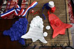 Decoración para Fiestas Patrias Patriotic Crafts, July Crafts, Happy Snoopy, Aesthetic Desktop Wallpaper, Crafts For Kids, Arts And Crafts, National Holidays, Ideas Para Fiestas, Country Crafts