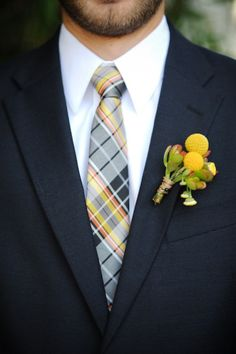 Craspedia Boutonniere and Plaid Tie for Groom