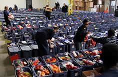 Stronger Together: Outpost Co-op Addresses Hunger for the Holidays and Beyond