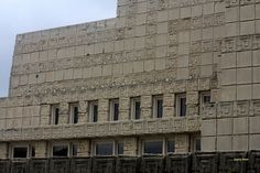 Ennis House. 1924. Los Angeles, California. Frank Lloyd Wright. Textile Block Period.