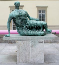 """Henry Moore - Moore's bronze Draped Reclining Woman (""""Die Liegende"""") in Stuttgart, typical of his early reclining figures Abstract Sculpture, Wood Sculpture, Garden Sculpture, Abstract Art, Metal Sculptures, Bronze Sculpture, Fridah Kahlo, Henry Moore Sculptures, Portland Stone"""