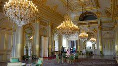Visiting the Royal Palace of Brussels  #travel #vblog #travelblogger #belgium #royals