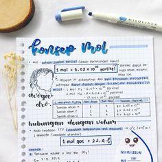 College Notes, School Notes, Physics Test, School Organization Notes, Study Corner, Notebook Art, School Study Tips, Bullet Journal Notebook, Study Planner