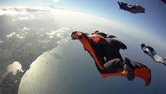 El mundo se mostró ante ti y decidiste llegar hasta el!! #wingsuit #volar #hombrepajaro #alquilar #gopro #yosoydeaire