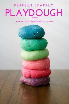 Marigold Mom | Make your own perfect sparkly playdough recipe #DIY #partyfavor