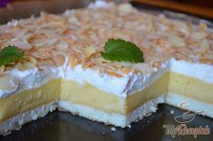 Quick cake without Schneller Kuchen ohne Backen No time but an appetite for something sweet? Try this cake without baking. You need cookies, sour cream … - Food Cakes, Quick Cake, Cake Bars, Something Sweet, Food Design, Cake Cookies, No Bake Cake, Yummy Cakes, Sour Cream