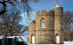 The Prospect Tower, Belmont Park, Kent It was built in about 1808 for General, later Lord, Harris of Seringapatam & is now a holiday rental Rochester Castle, Stay In A Castle, Log Fires, Romantic Cottage, Dream Vacations, Architecture Details, Places To Go, Park, Pre Christmas