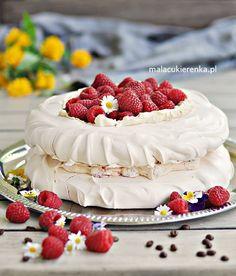 Pavlova Cake, Meringue Cake, Keto Cake, Sweets Cake, Polish Recipes, Food Humor, Baked Goods, Food To Make, Delicious Desserts