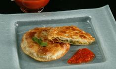 Empan Zucchini, Pan Relleno, Flour Tortillas, Everyday Food, 4 Ingredients, Diy Food, Queso, Salads, Fitness Foods