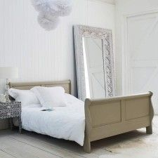 Johnny Sleigh King Size Bed