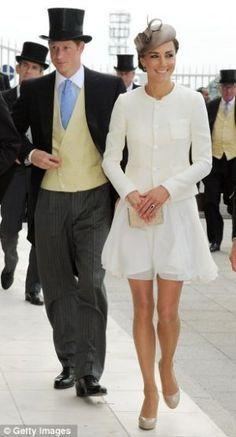 Kate Middleton first public appearance after wedding Shortest I've seen since college