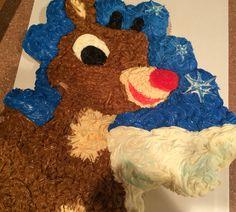 RudolphThe Red Nosed Reindeer Cupcake Cake ⛄️