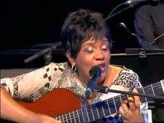 ▶ Rosa Passos - 32 Festival de Jazz de Vitoria-Gasteiz (2008) - YouTube