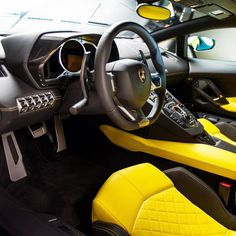 Lambo (Interior)  [Credits: Top Gear Philippines]