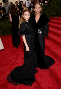 Every Single Outfit Mary-Kate And Ashley Have Ever Worn To The Met Gala