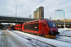 The regional train to Trondheim at Oslo central station. Electric Locomotive, Diesel Locomotive, Third Rail, Corporate Identity Design, Electric Train, Trondheim, Rolling Stock, Central Station, Public Transport