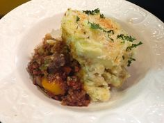 Vegan Shepherd's Pie. Filled with fresh veggies and meat substitute, this hearty dish is the perfect way to warm up on those chilly nights.