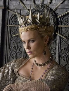 Snow White and the Huntsman. Ravenna. Charlize Theron.