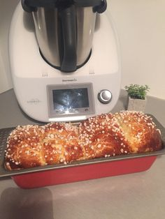 My tremendous brioche thermomix Thermomix Bread, Thermomix Desserts, Gourmet Recipes, Cooking Recipes, Gourmet Foods, Cuban Recipes, Cooking Chef, Food Humor, Lidl