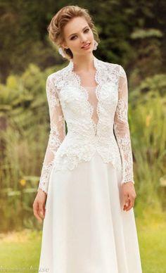 QUEEN ANNA WEDDING DRESS