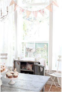 dreamy whites blog