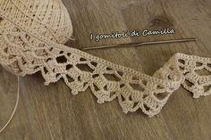 bordino a uncinetto con pippiolini Crochet Edging Patterns, Crochet Lace Edging, Crochet Borders, Crochet Squares, Crochet Trim, Crochet Doilies, Easy Crochet, Crochet Stitches, Knit Crochet