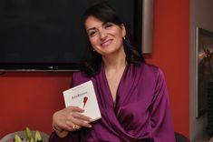 Συνέντευξη της ποιήτριας Μαρίας Παγώνη, στο Bookia και στη Μάγδα Παπαδημητρίου. Sari, Blazer, Jackets, Women, Fashion, Saree, Down Jackets, Moda, Fashion Styles