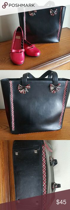 Kate spade Vintage Handbag Kate Spade Vintage Handbag.  Great condition.  With some ware on the handles and a couple of marks inside of bag that are not noticeable when in use. Length 10.5 inches, Height 10.5 inches, Depth 4 inches. kate spade Bags Totes