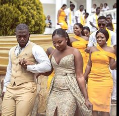 WEBSTA @ - Nothing but melanin gold in this photo! Congratulations to the bride and groom! ✨Photography by so happy I got to witness this beautiful union!❤😍 What a bold step hun! African Print Fashion, African Fashion Dresses, African Attire, African Dress, African Wear, Ghana Traditional Wedding, African Bridesmaid Dresses, Bridesmaid Inspiration, Nigerian Weddings
