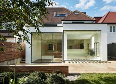 Robert Hirschfield Architects Renovate a Private Residence in London, England