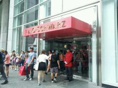 FAO Schwarz - A great stop for day trippers with kids, this classic toy store never gets old.