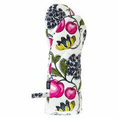 Transfer warm dishes from your oven to your countertop in style with this 100% cotton oven mitt, showcasing a bold floral design.   Product: Oven mittConstruction Material: 100% CottonColour: Black, white, pink and greenDimensions: 35 cm H x 18 cm WCleaning and Care: Wash at 40° C with no spin or bleach. Iron warm.