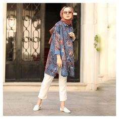 125 best hijab styles for short height girls to look tall – page 1 Modest Fashion Hijab, Modern Hijab Fashion, Street Hijab Fashion, Casual Hijab Outfit, Hijab Chic, Muslim Fashion, Fashion Outfits, Modest Dresses, Modest Outfits