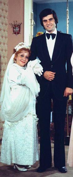 Adile Naşit and Tarık Akan ~ Ah Nerede, 1975